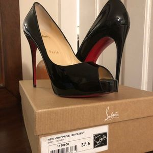 Christian Louboutin New Very Prive Black Patent